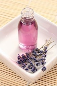 How to Make Infused Lavender Oil