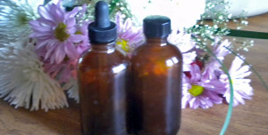 How to Make a Homemade Chamomile Tincture
