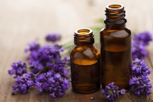 4 Essential Oils For Natural Winter Skin Care