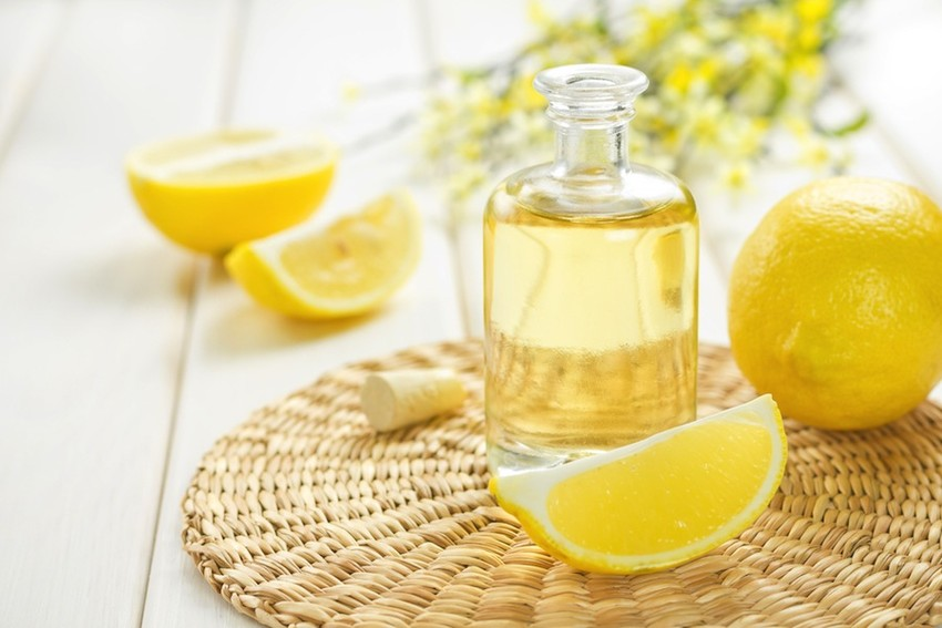 11 Different Ways To Use Lemon Essential Oil