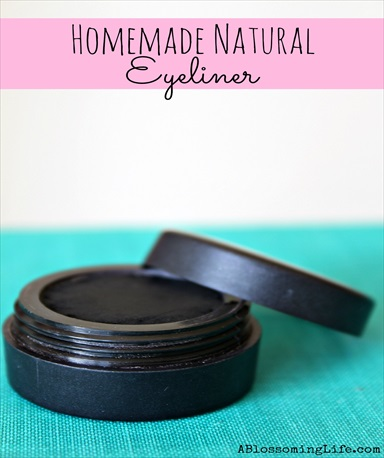 Homemade Natural Eyeliner (& Eyeshadow)