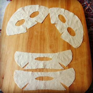 Homemade Anti-Blemish Mask with Chamomile, Honey and Tea Tree