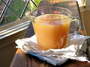 How to Make Healthy Homemade Stock or Bone Broth