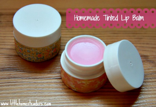 How to Make Homemade Tinted Lip Balm