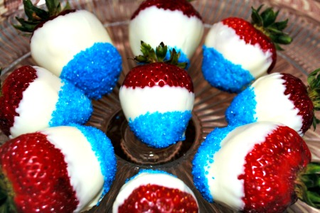 Simply Awesome 4th of July Strawberries