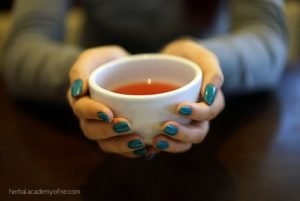 3 Excellent  Home Remedies to Treat Colds and the Flu